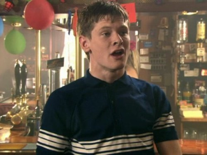 "Jack O'Connell jako James Cook w serialu ""Skins"""